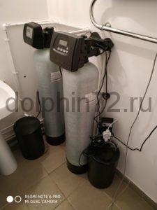 Система водоочистки в ванной обычной квартиры в п. Салым, Нефтюганский район. В исходной воде очень много сероводорода, железа, органики